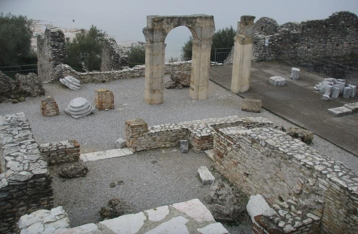 Grotte di Catullo-interno